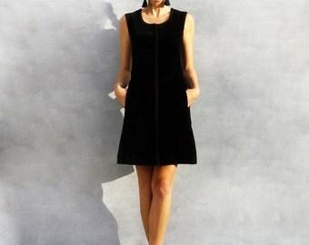 Black Velvet Dress, 60s Mod Dress, Velvet Mini Dress, Sleeveless Dress, Short Velvet Dress, Boho, Little Black Dress, Valentines Gift, 1960s