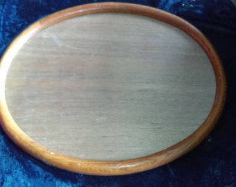 LARGE WOOD OVAL Picture Frame: Sturdy