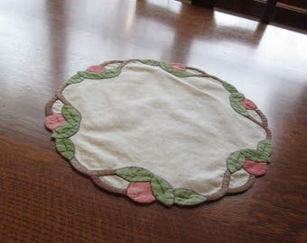 Vintage Linen Dresser Scarf, Table Topper,Round Doily,Vintage Embroidered Linens,Appliqued,White,Pink Green,Leaves,Fruit,Shabby,Cottage Chic