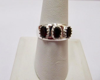 Sterling Silver 3 Stone Garnet Ring Item W # 250