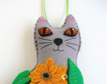 Felt Cat, Stuffed Cat, Cat Ornament, Cat Decor, Flower Cat, Flower Kitten, Felt Ornament, Animal Ornament, Gift for Cat Lover, Spring Decor