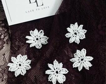 Czech pearls flowers, white, BRIDAL FLOWERS, petals, handmade flowers