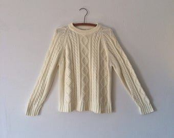 Vintage Cream White Cable Knit Sweater //  Fisherman Sweater // 80s Classic Cotton Pullover // Aran Knit Jumper