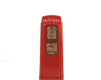 Vintage 1950s Mobilgas Coin Bank Old Gas Station Gas Pump Coin Bank Fowlers Mobil Shelby Michigan