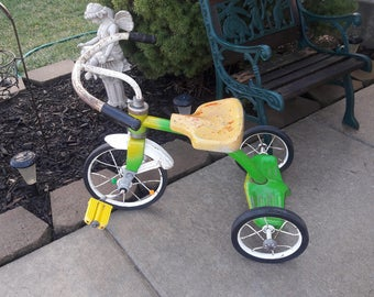 Vintage 1950's Murray Child's Green and Yellow Tricycle