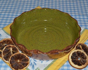 Baking dish glazed in brown and green, baking dish, pie plate, quiche dish, casserole, dessert dish, cheese baking dish