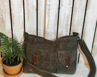 Waxed Canvas Medium Explorer crossbody Style Handbag Purse Messenger Tote