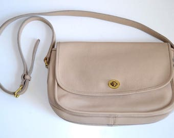 VINTAGE COACH Beige Leather Legacy Crossbody Messenger Shoulder City Bag