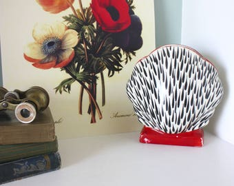 """Rare Vintage Art Deco Sadler """"June"""" Pocket Vase"""