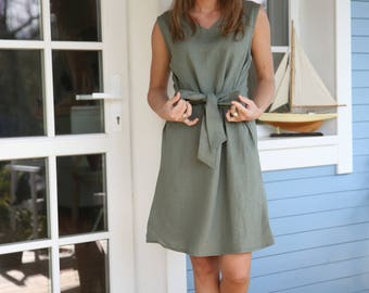 Elegant linen dress with waist ribbon in Green colour. Washed soft linen tunica.