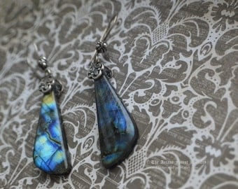 Winter Light- sterling silver earrings with asymetrical labradorite and onyx