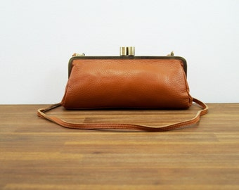 "Leather Clutch ""Victoria"" in brown, Leather handbag, Vintage bag, leather bag, shoulder bag, leather purse, kiss lock"
