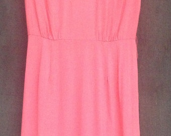 Vintage 1960's Wiggle Day Dress / Sleeveless / Bubblegum Pink/ Small