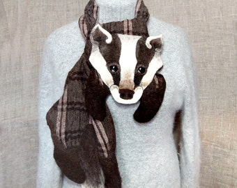 Wool Scarf Badger Brown Striped White Checkered