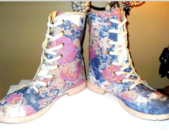 Mid Calf Multi Color Floral Lace Up Grunge Sneaker Combat Boots 10M