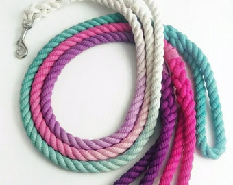 ONE COLOR OMBRE / 100% Cotton Dog Leash//4 foot dog leash//ombre dog leash//custom dog leash//dog lead//Rope dog leash//Christmas Dog Leash