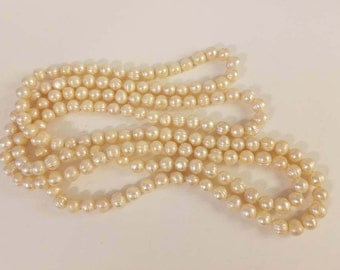 White pearls. fresh water pearls, wedding pearls, pearls for wedding, diy pearls