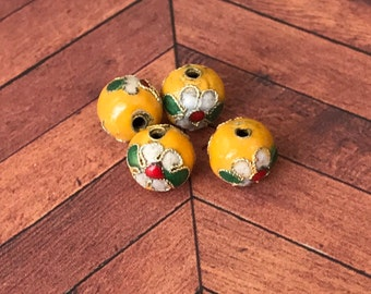 Qty4 10mm Handmade Cloisonne Beads, Yellow With White Flowers, Floral Beads, Enamel