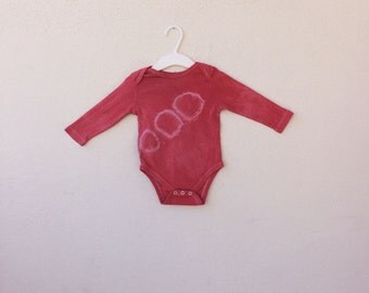 Organic Onesie - Henry - handmade, made of organic Cotton, strong color Rosy Red