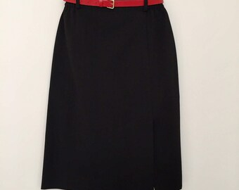 Vintage skirt / hight waisted skirt / black skirt / midi skirt / elastic waist skirt / belt skirt / office skirt / made in France /