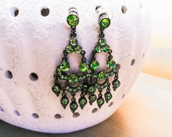 Retro/vintage green earrings