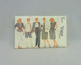 80s Pattern - Misses' Loose Fitting Jacket Skirt Pants Shorts & Top - UNCUT Vogue 8617 - Size 8 10 12 - 1980s Vogue Sewing Pattern
