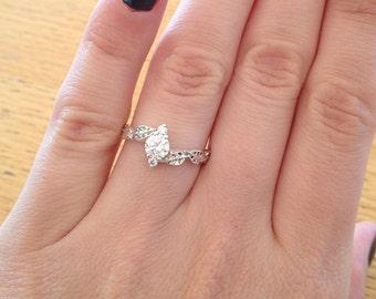 Moissanite Leaf Engagement Ring, Leaves Moissanite Ring, Leaf Ring, Leaf Moissanite Engagement Ring, Leaf Ring, Moissanite Antique Gold Ring