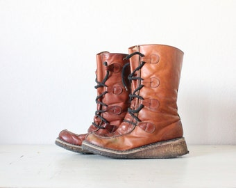 1970's spanish leather snow boots / 9