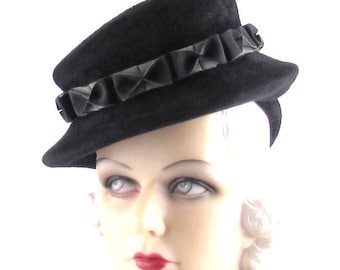 Womens Hat Black Velour Fur Felt Hat Grey Bows Handmade Hat Church Cloche Derby Ascot Races Fedora Veil Art Deco Custom Made for Each Client