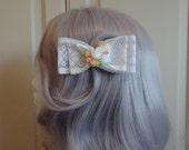 Tia - Lolita Larme Kei Peach Dove Double Lace Bow