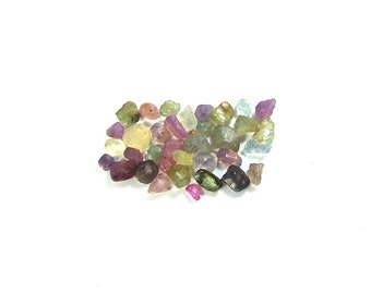Raw mix sapphire rough gemstone lot natural fancy sapphire, Africa Mambela (Ngorugje) raw Royal blue sapphire rough stone 5.10 ct S.02