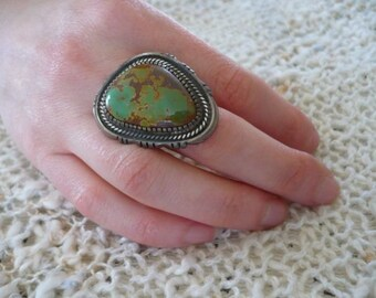 Leonard Nez Turquoise and Sterling Silver Ring Native American Beautiful Workmanship