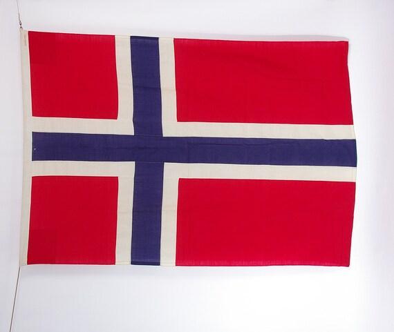Johan O. Larssen Grensen 2 Oslo Norwegian National Mast Flag