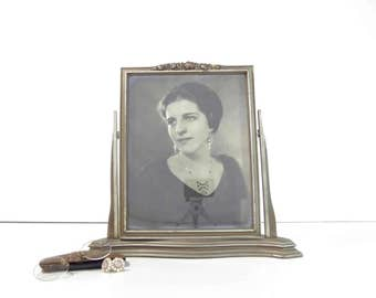 Vintage Wood Swivel Style Picture Frame with 1920s Art Deco Portrait Photograph