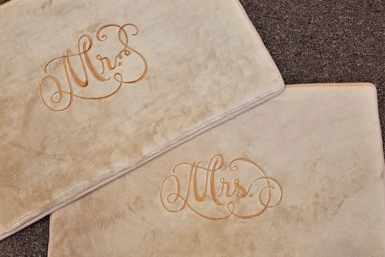 personalized bath mats bathroom rug monogrammed gift wedding