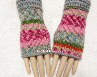 Beautiful Confortable  Fashion Quality Fingerless Gloves One Size Fits All