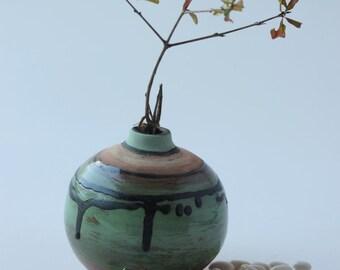 Small gift for her, Ceramic small green Vase, Pottery Vases, Flower Vase, Handmade,Glaze, Decorative vase with glaze, Ceramic vase,2004