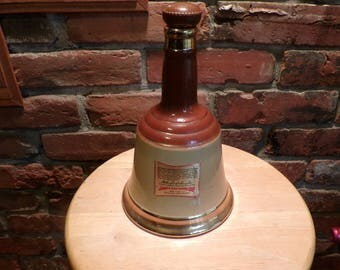 Bell's Blended Vintage Scotch Whiskey Decanter, Wade Bell Scotch Decanter Perth Scotland, Barware, Whiskey decanter, 1970 barware