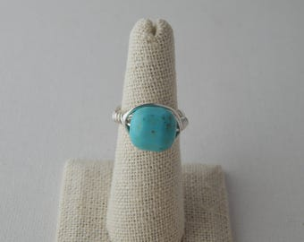 Silver wire wrapped turquoise barrel shape ring, boho style, everyday ring, festival chic style, trendy jewelry, summer jewelry, boho hippie