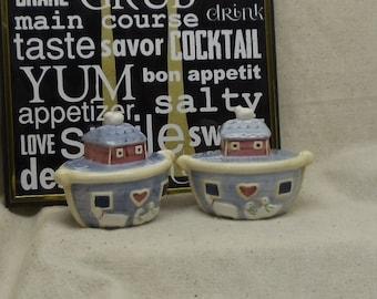 Vintage Noah's Ark Ceramic Salt and Pepper Shakers,#VB7232