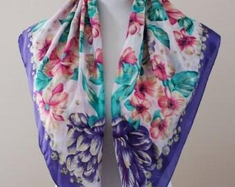 Oscar de la Renta Purple and Pink Floral Vintage Silk Square Scarf NWT Deadstock M-877