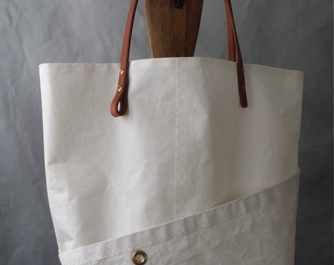 Sail cloth purse, four pocket, harness leather handle,
