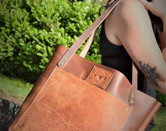 Whiskey/Bourbon Leather Shoulder Bag