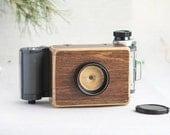 Medium format pinhole camera with Mamiya roll film holder