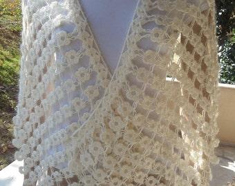 Beige shawl, ıvory knit shawl, ıvory bridal shaw,beige bridal shawl, Knitted lace shawl ,rectangle shawl, Lacy shawl, crochet wrap