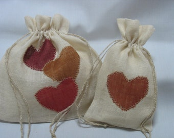 Duo of pouches/bags linen with appliqué hearts