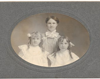 Vintage Photo Brodhead Wisconsin - Young Lady and 2 Young Girls