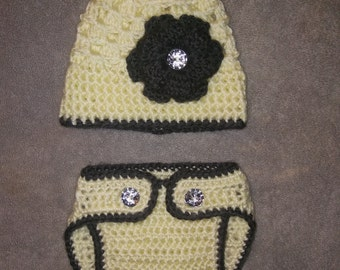 Crocheted Baby Girl Hat & Diaper cover Set Newborn