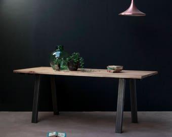 Industrial Dining Table - Ormstöng! - Rustic, Oak