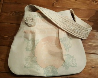 Vintage Feedsack purse, vintage feed bag,grain sack purse,feed sack tote,livestock feed, cows,shoulder bag, farmhouse style, French country